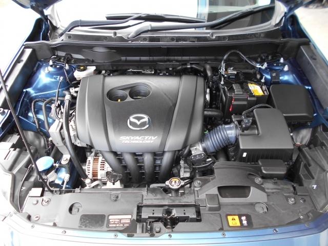 2.0L直列4気筒DOHC16バルブエンジンはアクセルレスポンスに優れ、アクセルを踏んだ分だけ素直に加速してくれる素性の良いエンジンです!キビキビした気持ちのよい走りと低燃費を両立したエンジンです!