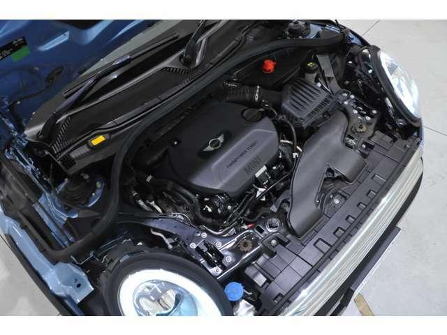 ご来店が難しいお客様もご安心下さい。LIBERALAの車両は全車修復歴無しのお車になります。自社での査定に加え、第三者機関に依頼し、車両の査定を行っております。