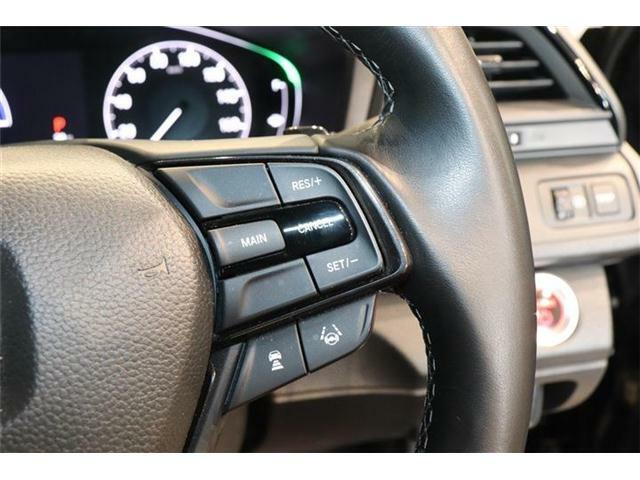 クルーズコントロール装備☆スピードを一定で保ち高速道路等で楽に運転できます。またアクセルもスムーズで燃費の向上にも!