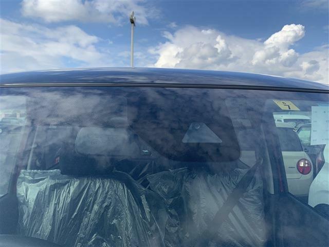 岐阜県内最大級、軽自動車届出済み未使用車専門店ファミリーです!届出済み未使用車のメリットは、◆走行距離100km未満なので高品質 ◆ご購入から納車までの日数が短い ◆お値打ち価格でご提供出来ます!