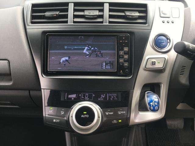 プッシュボタンエンジンスタート、ナビTV、オートエアコン、シフトレバーをセンターに配置!とても扱いやすいです!