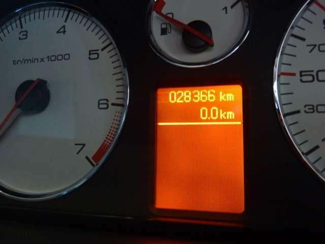 走行28000キロ!!まだまだ安心してお乗りいただけます。