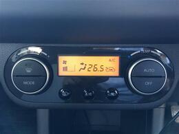 【オートエアコン】室内の温度を感知して自動で温度調整をしてくれます!いつも快適な空間で快適なドライブができます!