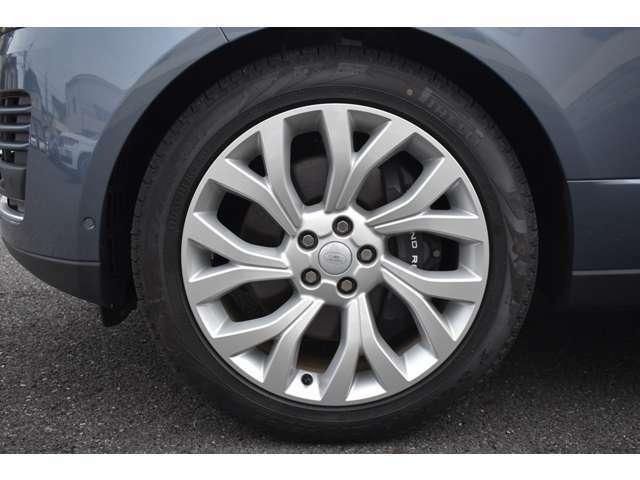 ジャガーランドローバー三鷹のお車をご覧頂きありがとうございます。正規ディーラーならではの高品質車とサービスをご提供致します。ご不明な点はお気軽にお問い合わせ下さい。無料専用ダイヤル0066-9711-857087
