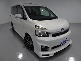 トヨタ ヴォクシー 2.0 ZS 4WD アドミレーションエアロ サンルーフ