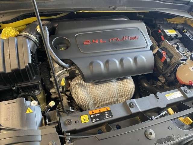 2.4Lのエンジンでパワフルな走りができます!