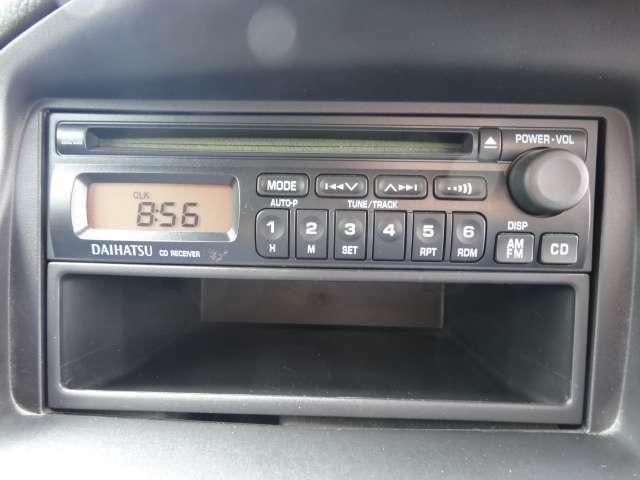 純正のCDデッキ付き☆音楽を聴きながら楽しいドライブを♪