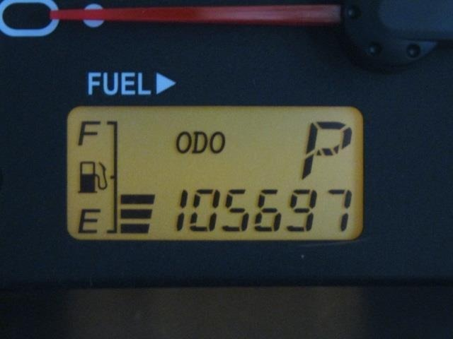 走行距離はおよそ106,000kmです。