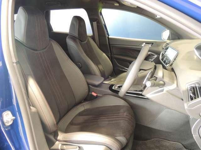 プジョーと言えば、乗り心地のいいシート。長距離運転も疲れにくいシートです。
