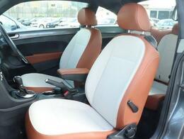 Special Bug限定のレザーシートになっております。外装の色と合ったシートになっており、落ち着いたデザインになっております。シートヒーターもついております。