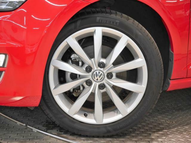 225/45R17 Volkswagen純正アルミホイール