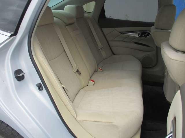 座り心地も良いので、長距離のドライブでも快適です♪