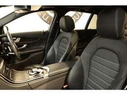 綺麗な状態が維持されたブラックレザーシートを装備!メモリー機能付きパワーシート、シートヒーター、ランバーサポートなど多機能設計で快適なドライブをサポートします!!