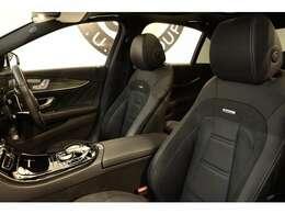 1オーナーで綺麗な状態な状態のブラックナッパレザーシートを装備!メモリー機能付きパワーシート、全席シートヒーター、前席ベンチレーター、ランバーサポートなど多機能設計で快適なドライブをサポートします!