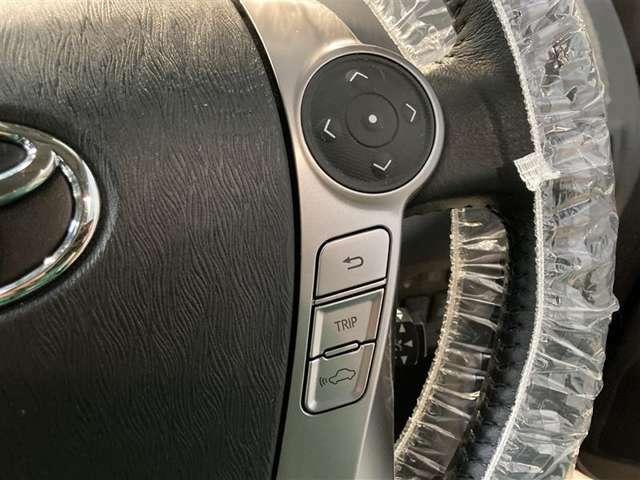 ハイブリッドシステムと環境基準にもやさしい低燃費エンジンを搭載。ガソリン高騰の時代に嬉しいですね。