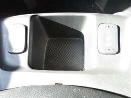 スマートキー 革巻きステアリング ハーフレザーシート シートヒーター HIDヘッドライト ETC 純正ナビ バックカメラ ワンセグTV CD DVD再生 2列目フルフラット 2年3年走行無制限保証可