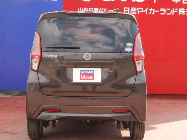 ☆展示車、試乗車等の高年式車は新車の保証を継承することができます。