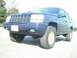 ジープ グランドチェロキー リミテッド 4WD リフトUP