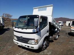 日野自動車 デュトロ 2トンダンプ 4WD