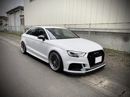 アウディ RS3セダン 2.5 4WD APR KW Neutralewheels