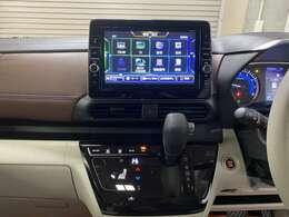 純正9型ナビゲーション♪大画面でフルセグTV、Bluetooth機能が使える便利なナビゲーションです。