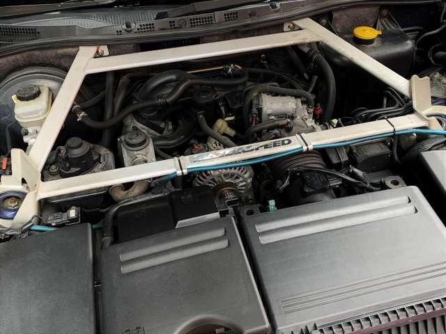 冷却性能を向上して、ハードな走りにも対応し、軽量フライホイールによるシャープなエンジンレスポンスを実現しました。