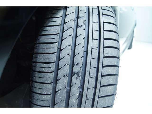 新品タイヤには走行音の少ない当社で実績のあるタイヤをチョイスしてます!