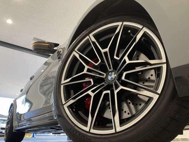株式会社モトーレン東名横浜 BMW Premium Selection/MINI NEXT】 屋内展示場、キッズルームも完備しております!!是非、ご家族でお気軽にお越し下さいませ。