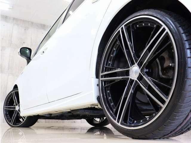 タイヤも新品のタイヤを装着しておりますので納車したその日から安心してお乗り頂けます。