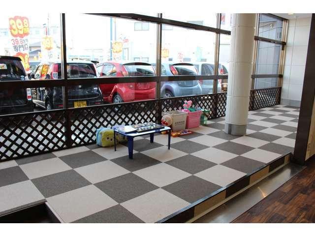Bプラン画像:小さなお子様とご一緒にご来店頂いても安心です♪キッズスペースもご用意させて頂いておりますのでゆっくり愛車選びをして頂けます★