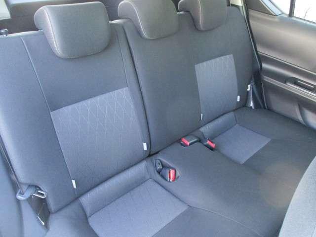 リヤシートのコンディションをご確認ください