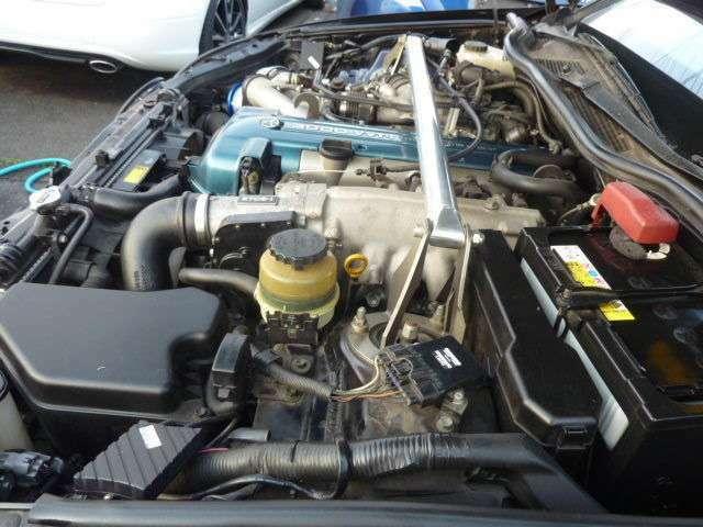 エンジン内もきれいです。