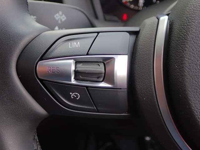 オートクルーズコントロール付で高速道路など、巡航走行もスピードを設定でき、快適にドライブできます。(前車追従機能は付いておりません)