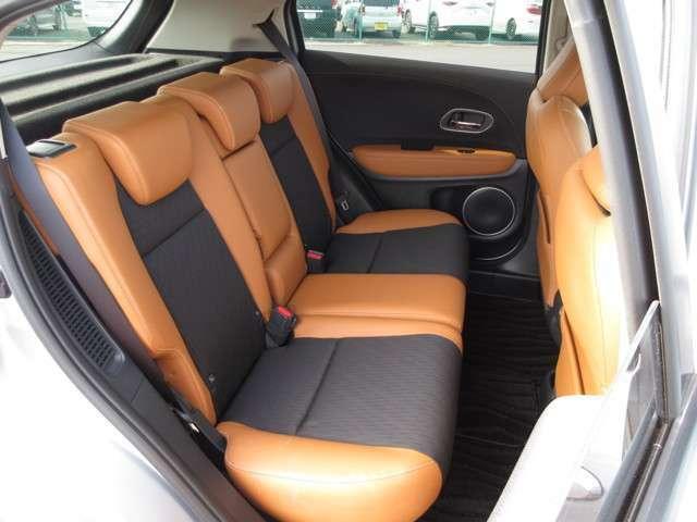 ◆◆リアシートもゆったり快適に座っていただけますので、後部座席にお乗りの大切な方も楽しくドライブに参加していただけます。