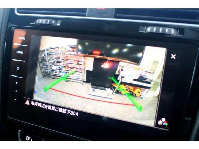 ☆バックカメラを装備しています。特に夜間や悪天候時の駐車・車両移動には不可欠ですね♪