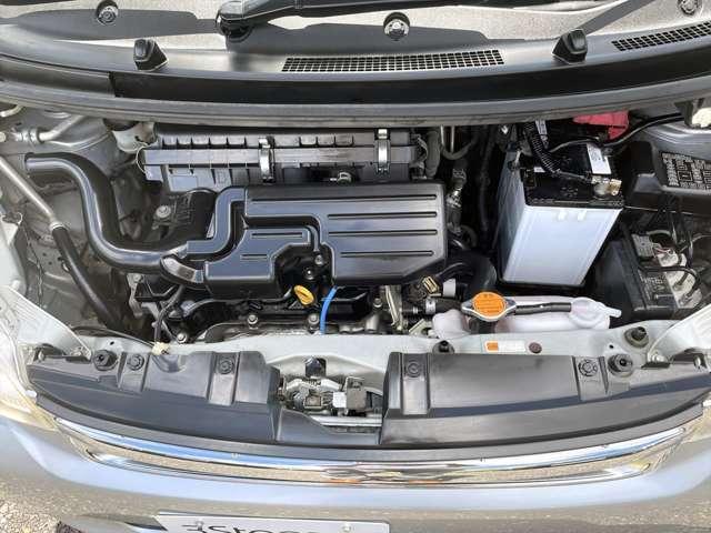エンジンはタイミングチェーン式♪10万キロ走行時のベルト交換不要な信頼性の高いエンジンです♪