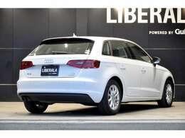 全車、納車日からのあんしん保証付き。記録簿等で整備履歴の確認も可能です。LIBERALAでは輸入車でも最長5年間の保証がご選択頂けます。中古車は不安というお客様の声にお応えし、業界最長の保証を実現致し