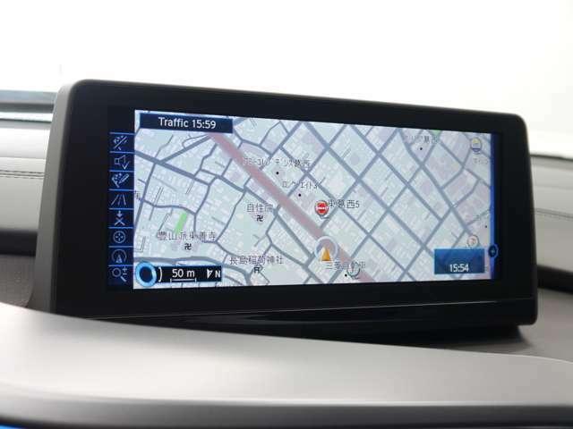 iDrive対応HDDナビゲーションユニットには地デジ(フルセグ)ミュージックコレクション・Bluetoothなど様々なメディアに対応!