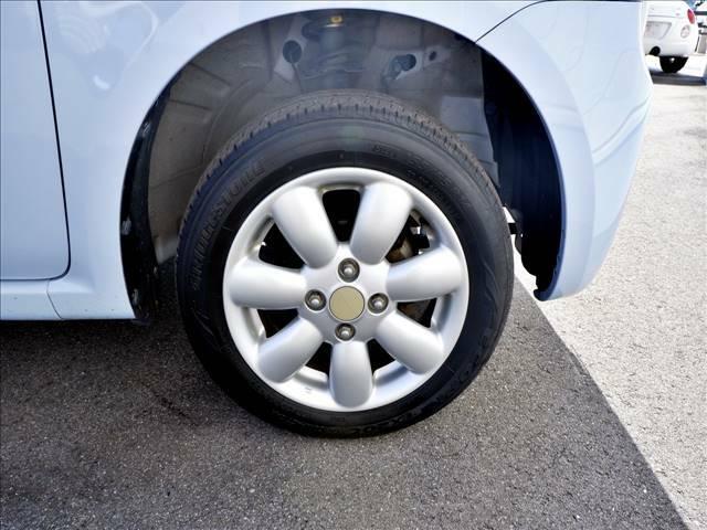【純正アルミホイール】カーセブンでは『社外アルミホイール・タイヤ』も絶賛好評発売中です!お気に入りのアルミホイールを見つけてみませんか??
