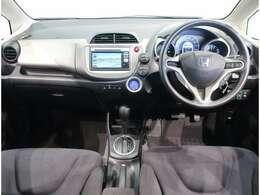 シンプルな運転席廻りで、運転しやすいです。