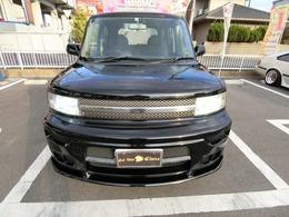 H13大人気前のモデルのbBです人気黒ですこのお車はユーザーより買い取りました外装も内装も普通にきれいです。まだまだ乗れますタイミングチェーン式は部品交換不要です。