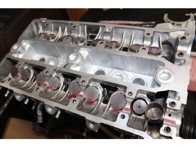 戸田レーシング製インナーシムBキット、東名296(10.5)/東名288(10.0)ハイリフトカムを使用(^^)この組み合わせは、ホンダVTECエンジンを凌ぎます! エンジンハーネスは必要最小限にまとめ上げました♪