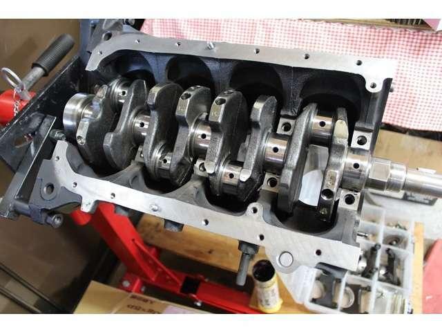 エンジンは、92後期ベース!クランク振れ調整済み、ピストン&コンロッド重量合わせ☆メインメタルは純正、コンロッドメタルはTRDに新品交換クリアランス調整済みです☆