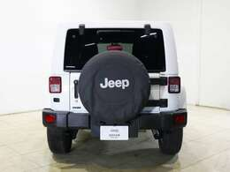 Jeep ラングラー アンリミテッド サハラ 3.6のご紹介です。