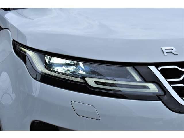 LEDライトは、基本的に交換の必要がありません。消費電力が少ないことから燃費向上につながります。自然光に近い光を再現するため、視認性が向上し夜間運転の疲労も軽減します。