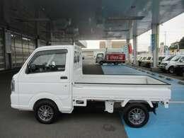 西那須野ICから車で10分。県北最大級の品揃えで常時100台以上の車両を展示中です!