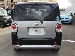 加古川で中古車選ぶなら兵庫ダイハツ土山店へ♪当店自慢のお車です!この車のセールスポイントを写真と説明でアピールしております!いろんなところをチェックできますよ☆