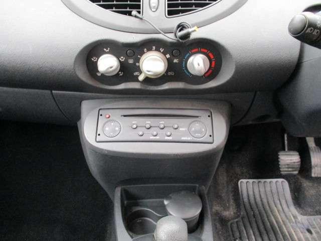 CDラジオ、エアコンスイッチ