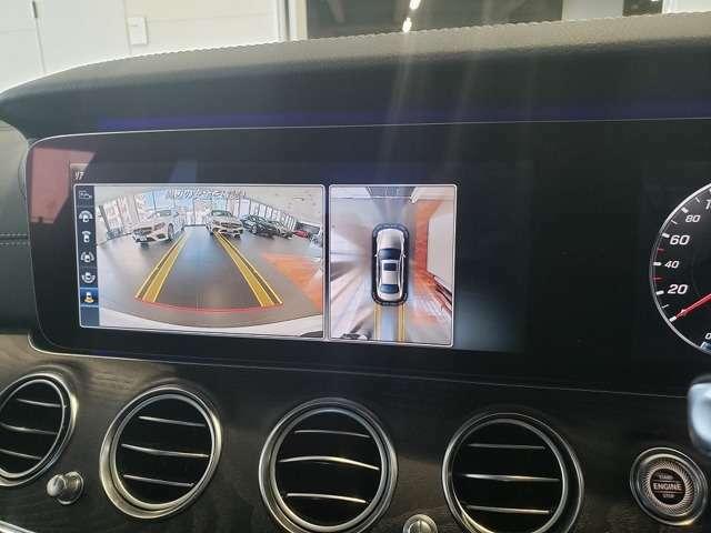 【360°カメラシステム】リバースと連動し、車両後方の映像をディスプレィに表示歪みの少ないカメラにより鮮明な画像で後退の運転操作をサポートします。