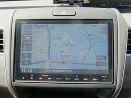 ホンダ純正ギャザーズナビ VXM-175VFNi になります!リアカメラやフルセグTVも付いています!リンクアップフリー付きなので渋滞状況や天候状況を画面で表示してくれます♪